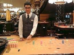 Comment devenir croupier dans un casino
